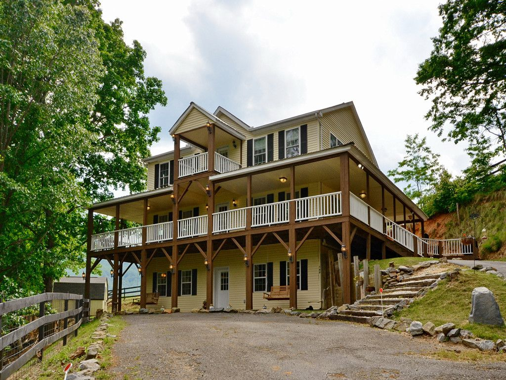 149 Weathering Heights in Waynesville, North Carolina 28785 - MLS# 3252095